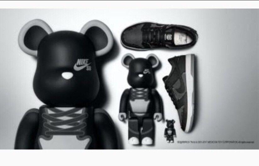 Nike SB Zoom Dunk Low Elite QS 10 Medicom BearBrick DENIM Black Grey 877063-002 best-selling model of the brand