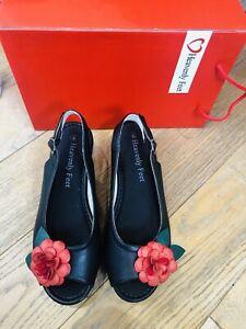 Ladies-HEAVENLY-FEET-Shoes-Anti-Fatigue-Black-Red-Flower-SlingBack-Sandals-UK-5