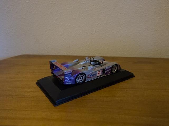 1 1 1 43 Minichamps - AUDI R8 hr Le Mans 2004 (McNish Biela Kaffer) 5cba32