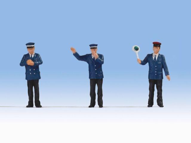 Noch 17800 Train Staff, Figures Track 0 (1:43)