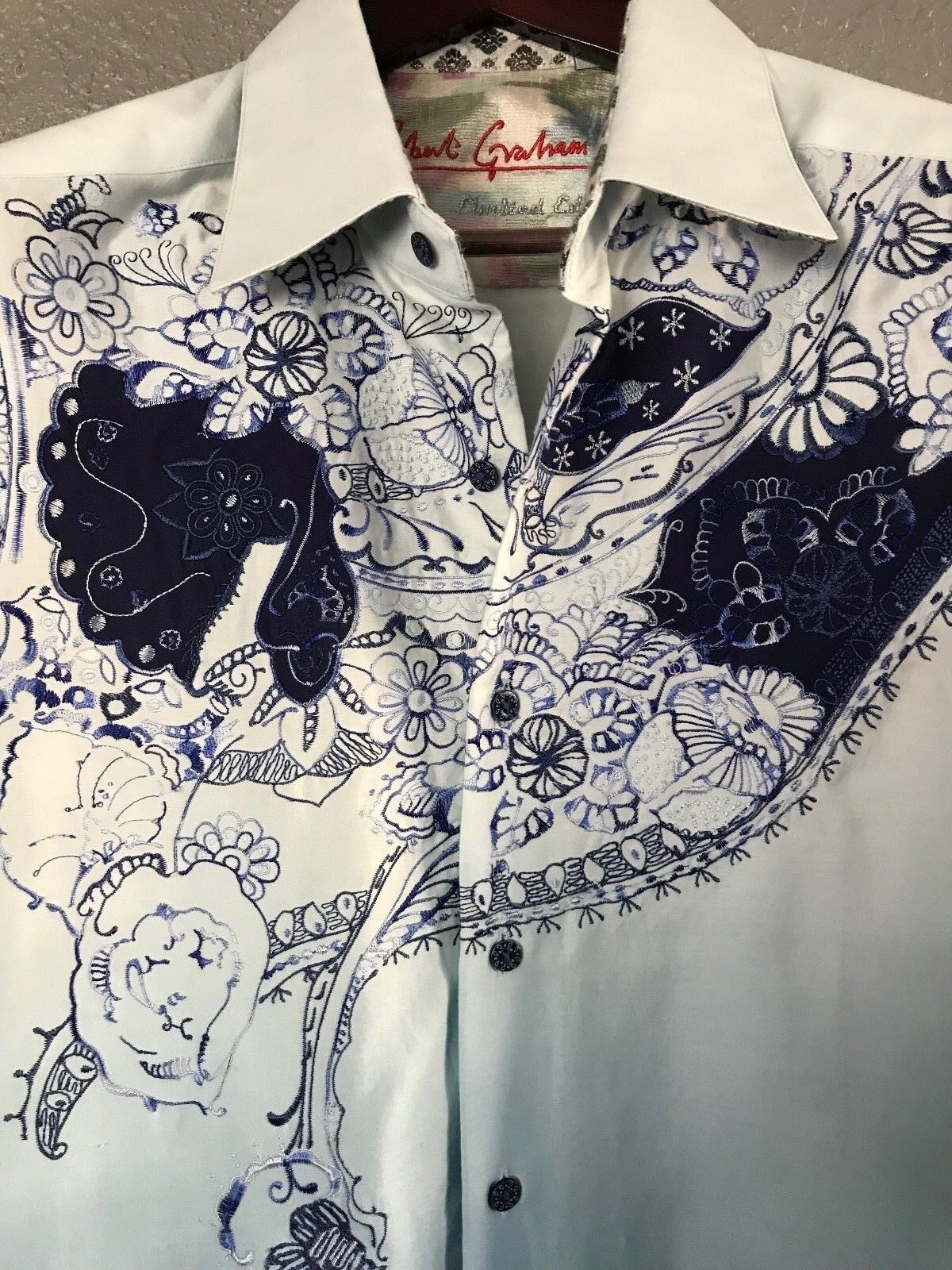 Robert Graham Embroidered RARE Limited Edition Mens Shirt Size Large