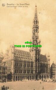 R604011 Bruxelles. La Grand Place. Cote Sud Ouest. L Hotel de Ville. Nels. Serie
