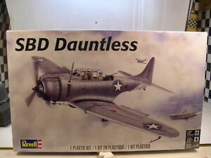Details about WWII US NAVY SBD DAUNTLESS DIVE BOMBER REVELL 1:48 SCALE  PLASTIC MODEL PLANE KIT