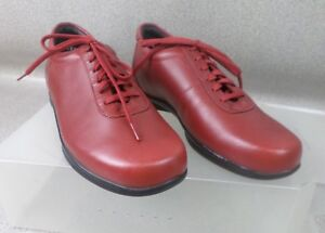 Like-New-Ziera-Red-Leather-Sneakers-Shoes-Flats-Womens-Size-AU-5