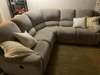 Buy Or Sell A Couch Or Futon In Toronto Gta Furniture Kijiji Classifieds