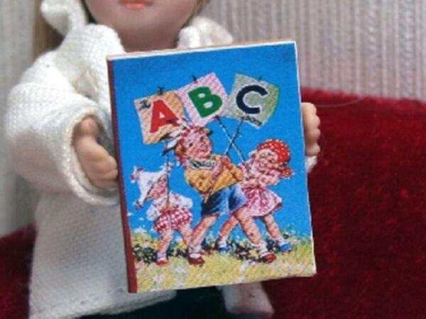 Collezione Qui Dolls House Miniatura 12a Scala Children's Book (vari Disegni Disponibili)