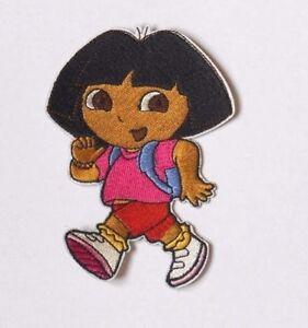 Patch écusson Dora écolière