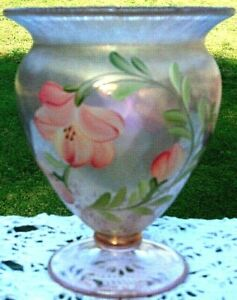 FENTON-ART-GLASS-SUNSET-STRETCH-FOOTED-HP-FLORAL-FLOWERS-Vase-6-034-H