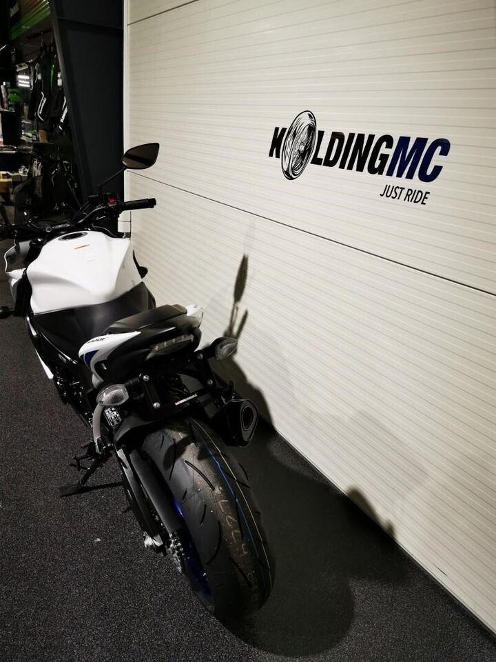 Suzuki, GSXS 1000 F, ccm 999