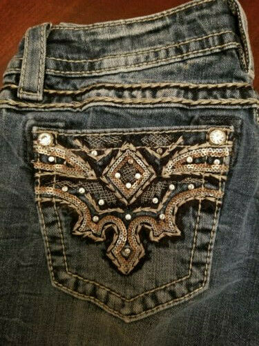 Miss Me jeans 28x32 signature bootcut juniors