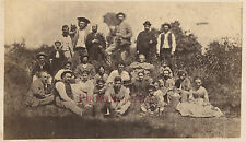 Curieuse scène Photo Groupe Tirage Albuminé Vintage albumen ca 1870