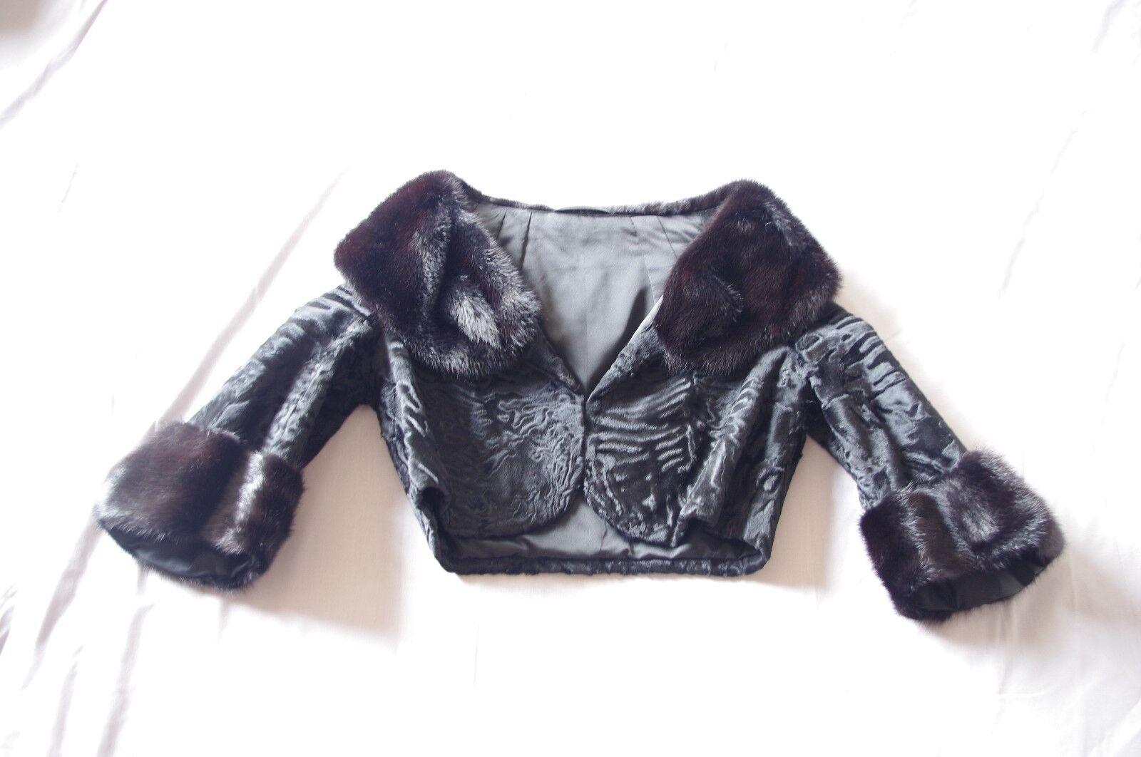 Frauen Kurzjacke mit Echtpelz in schwarz