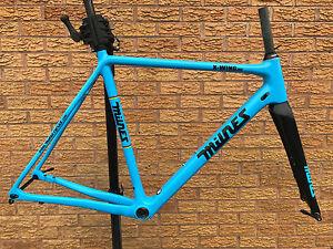 Paul-Milnes-X-Wing-Disc-Brake-Carbon-Cyclocross-Bike-Frameset-Blue