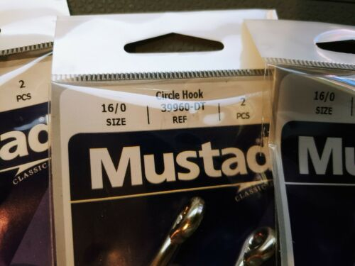 16//0 Lot of 5 packs of Mustad Double Tough Circle Hooks 5 packs 2 per pack