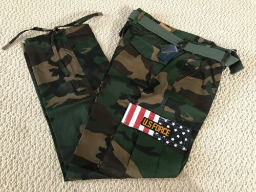 NWT Men/'s Swaggers Green Camouflage Camo Cargo Flag Pocket Pants w// Belt 32-42