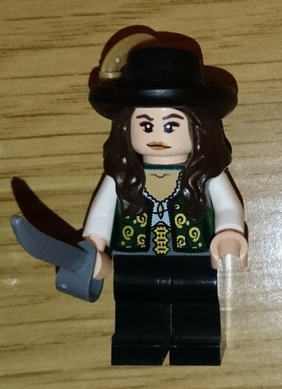 Lego Pirates of Caribbean Minifigure Angelica poc006 4195 Queen Anne's Revenge