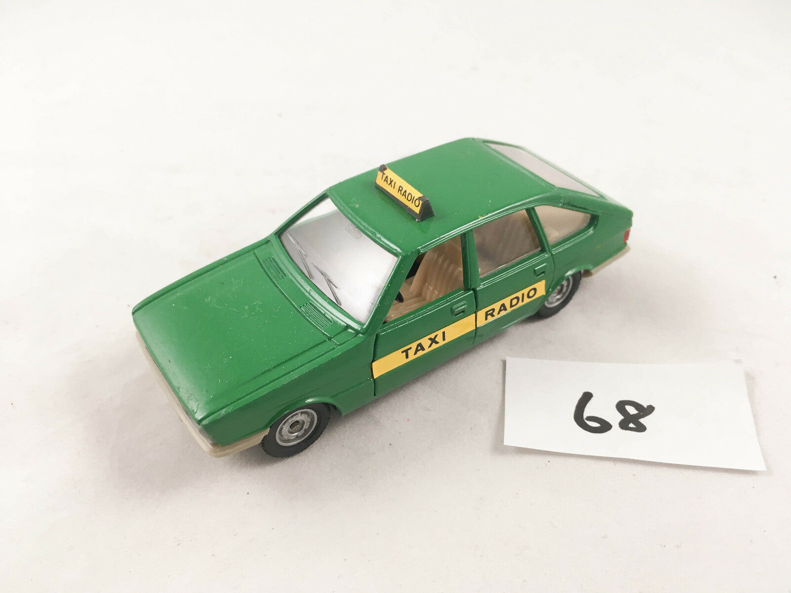 RARE VINTAGE SOLIDO SIMCA 1308 GT TAXI RADIO 1 43 SCALE DIECAST GREEN