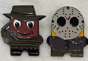 Amazon-peccy-Freddy-Jason-Halloween-Horror-Sammler-Emaille-2-Pin-Set