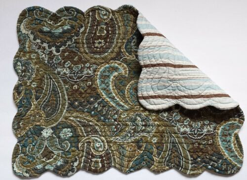 """C/&F Quilted Cotton CASSIDY Quilted Cotton 13/"""" x 19/"""" Placemat Floral Paisleys"""