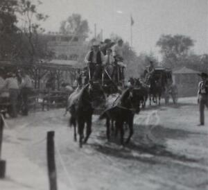 Disneyland-1955-Vintage-Kodak-Velox-Photo-Walt-Disney-Stagecoach-Frontierland
