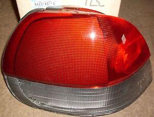 Combinazione-di-Coda-Lampada-Posteriore-L-H-A-SINISTRA-autentica-Subaru-Legacy-Estate-84201ac110