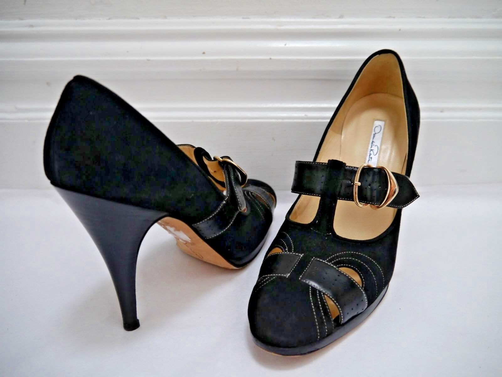 OSCAR DE LA RENTA black suede and leather cutout detail heels pumps Italian 39.5