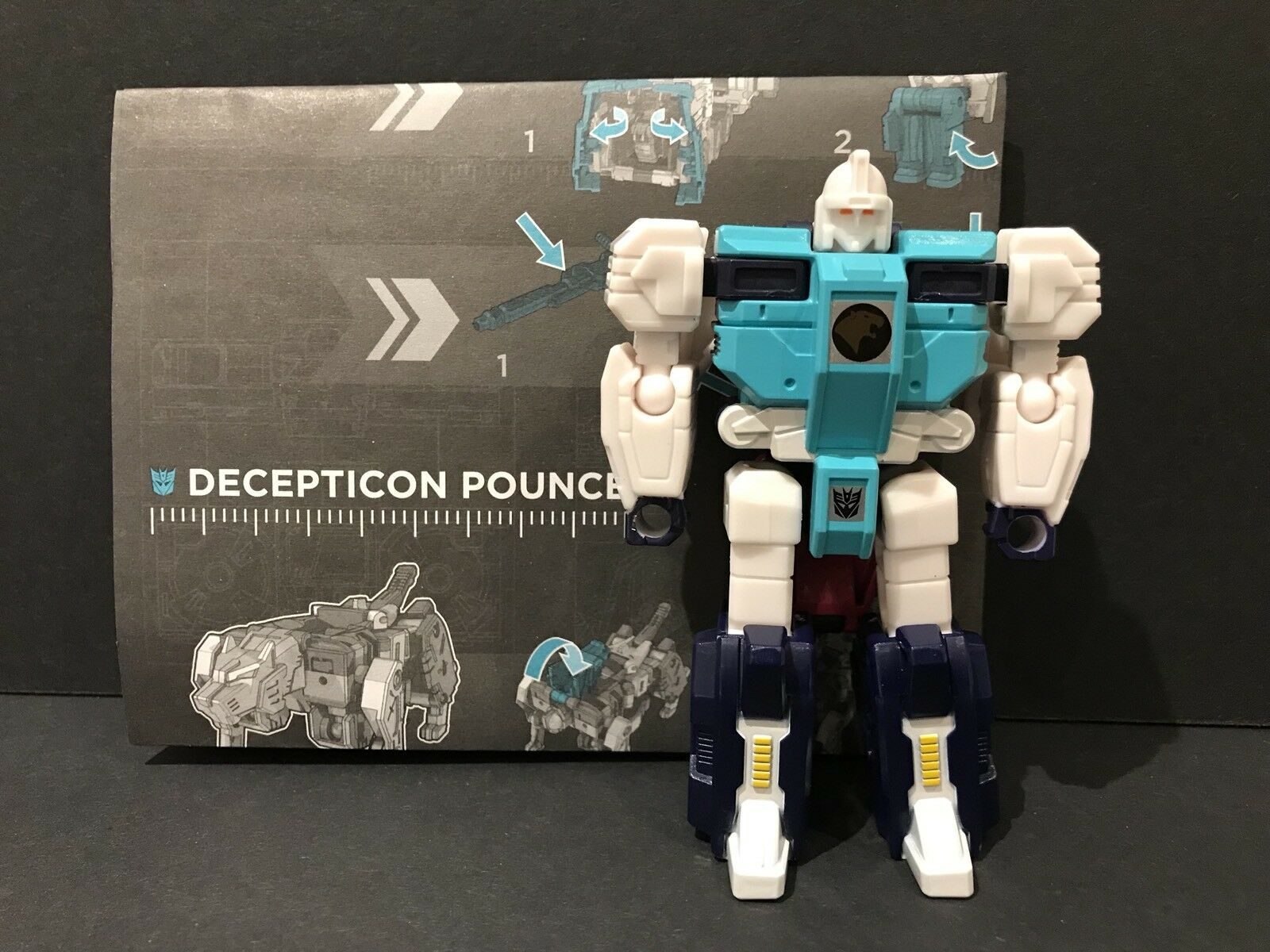 Hasbro Transformers Titans Return Siege On Cybertron Pounce Figure