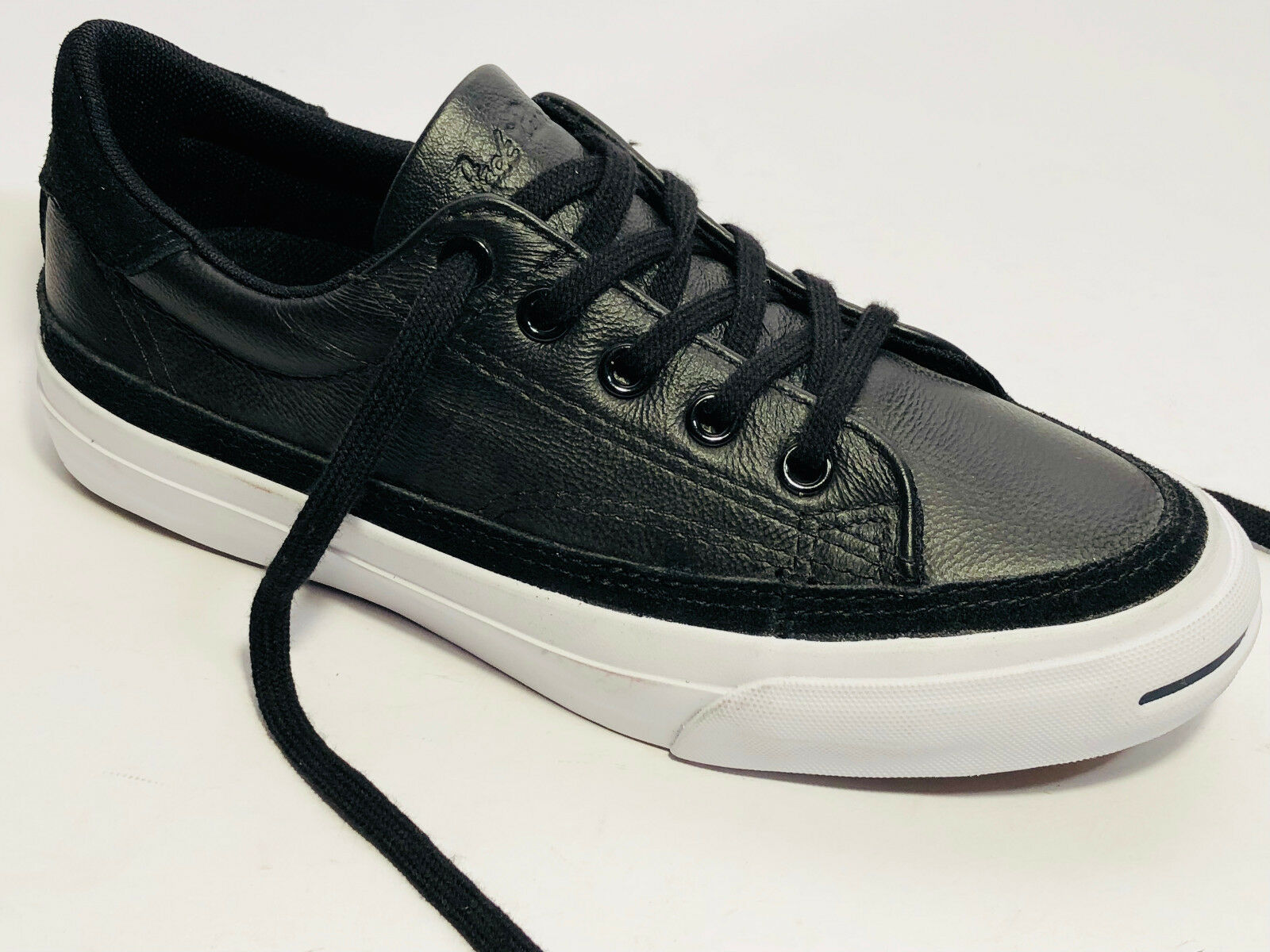 0a24e78212c56 Converse Cuir Sneaker Chaussures Taille 35