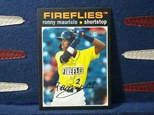 2020-Topps-Heritage-Minor-League-17-Ronny-Mauricio-Colombia-Fireflies
