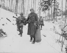 """U.S. Soldiers during the Battle of the Bulge 8""""x 10"""" World War II WW2 Photo 516"""