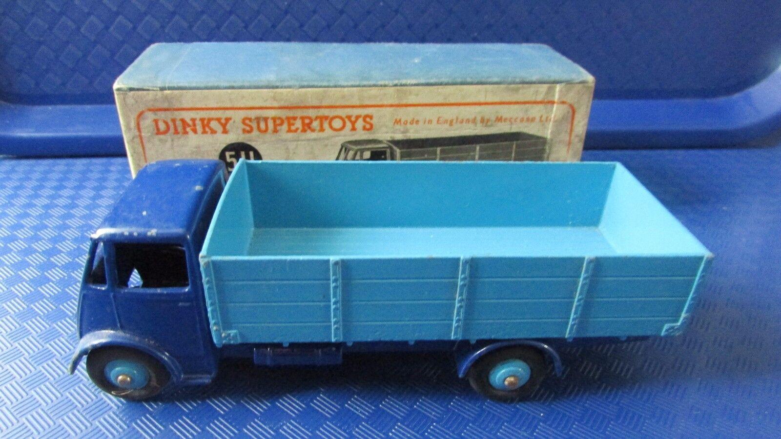 Dinky 511 tipo 4 Ton primero tipo taxi con caja original.