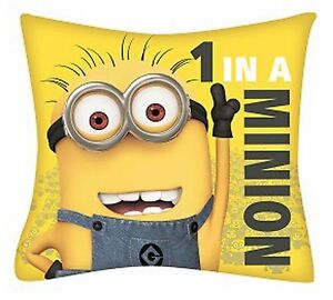 Details about DESPICABLE ME MINIONS \'1 IN A MINION\' CUSHION PILLOW KIDS  BEDROOM ACCESSORIES