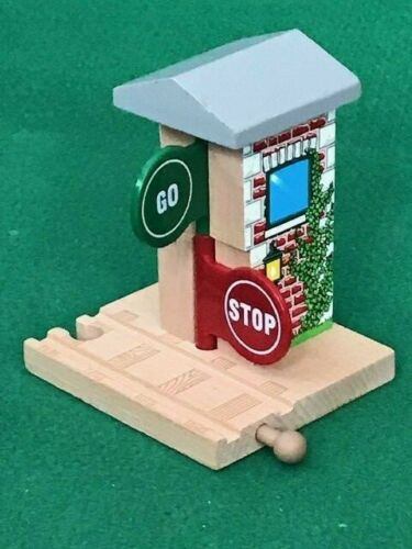 THOMAS /& FRIENDS WOODEN RAILWAY STOP /& GO TOWER piste pour BRIO Train Set