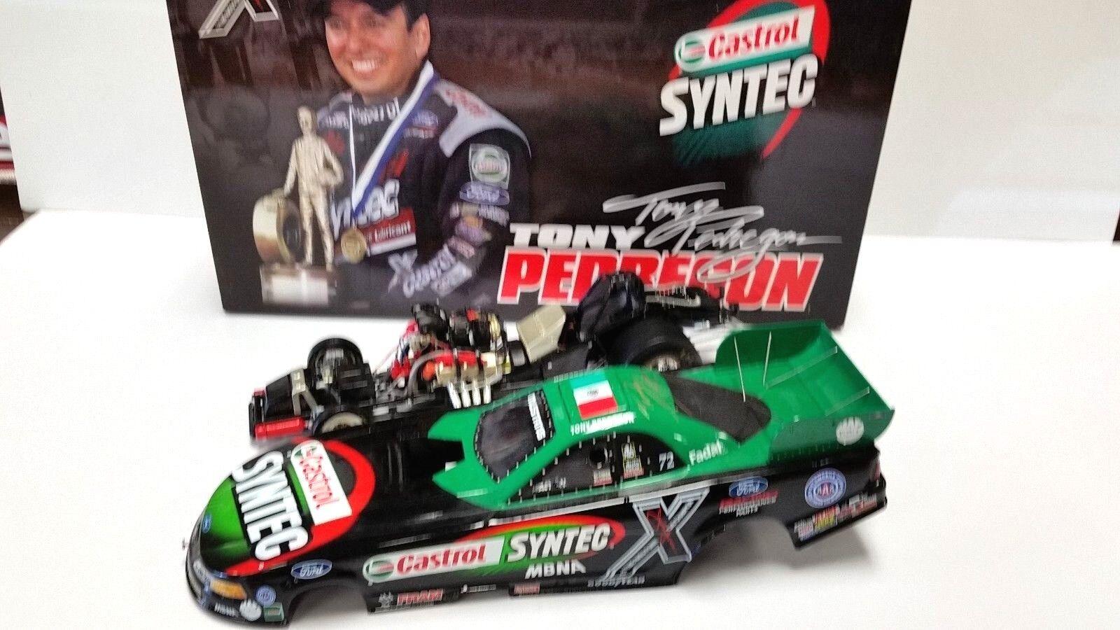 2002 TONY PEDREGON CASTROL SYNTEC NHRA FUNNY CAR AUTOGRAPHED 1 1 1 24 NHRA 1ab078