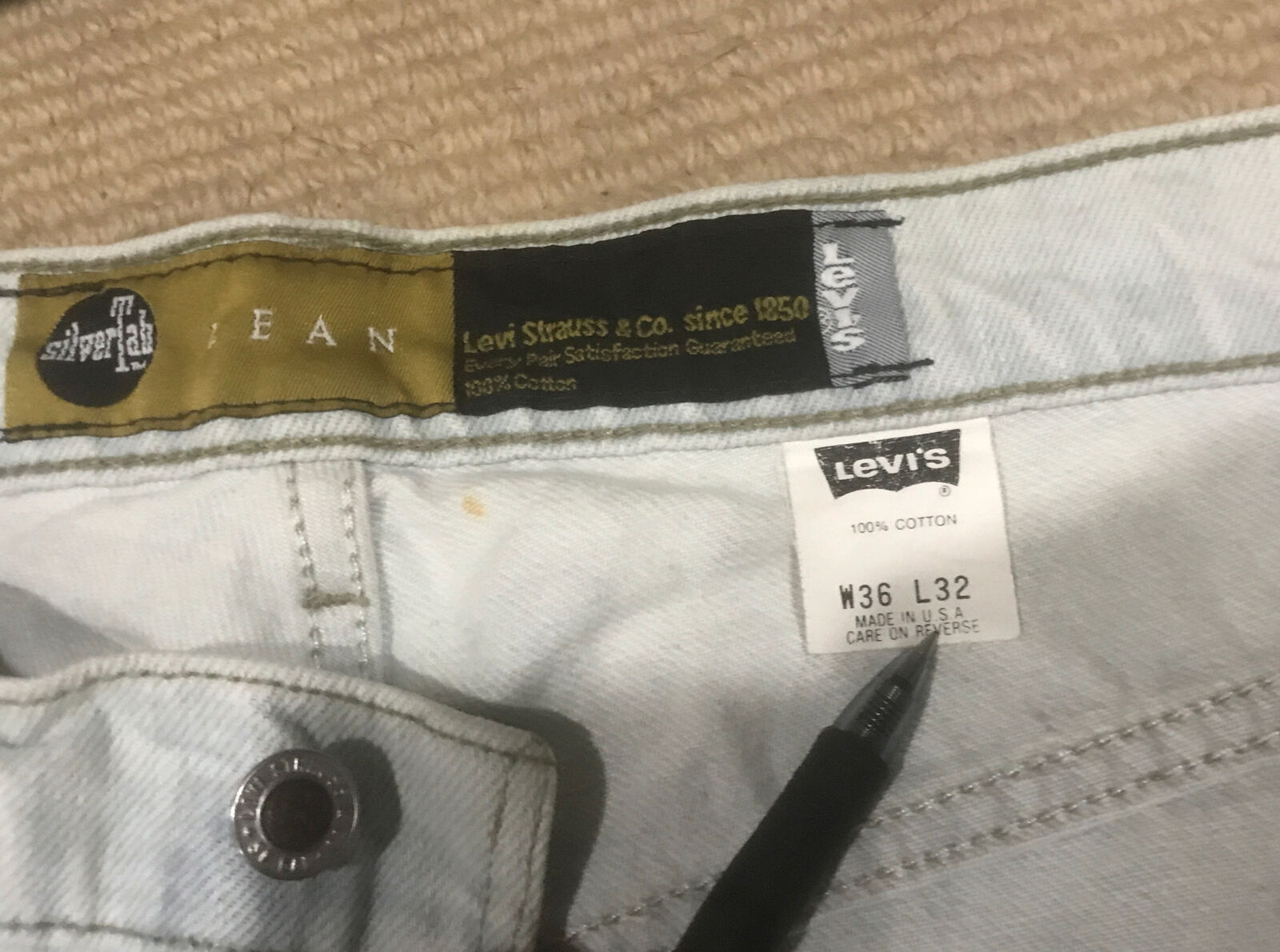 Vintage Levis Silvertab 36x32 Made In USA - image 3