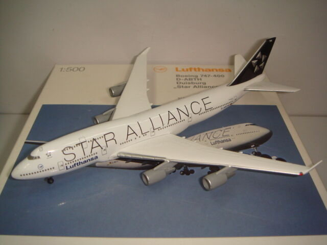 forniamo il meglio Herpa Herpa Herpa Wings 500 Lufthansa LH B747-400  Estrella tuttiiance Coloreeeee - Duisburg  1 500 NG  outlet online economico