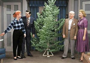 I-Love-Lucy-Cast-Christmas-Lucille-Ball-Vivian-Vance-Desi-Arnaz-Color-5x7-Photo