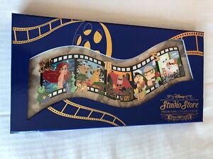 D23-EXPO-2019-Movies-Anniversary-Super-Jumbo-Pin-DSSH-DSF-LE-200-Disney