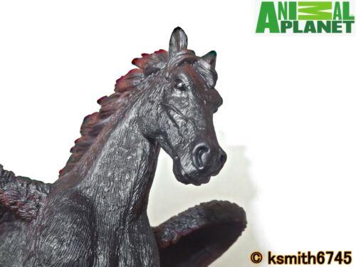 Mojo Animal Planet Black Pegasus solide Jouet en plastique Wild Foncé cheval volant NEUF
