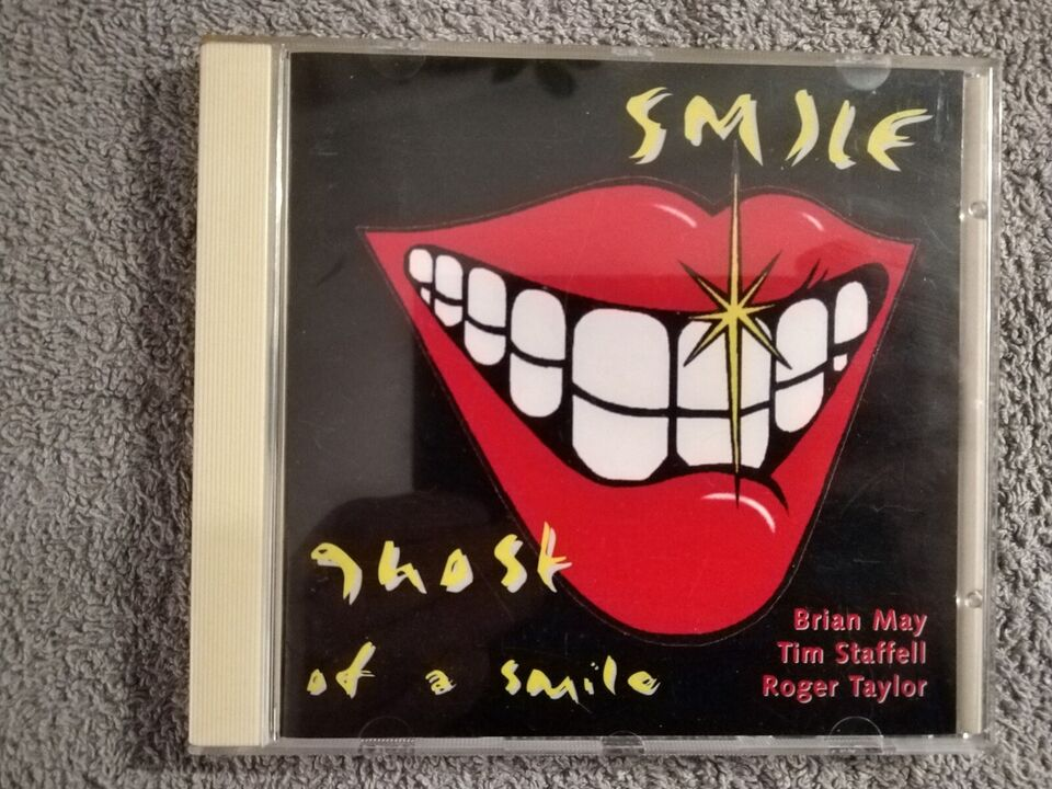 Smile: Ghost at a smile, rock