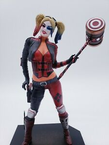 DIAMOND Select Injustice 2 DC Gallery Harley Quinn 9-Inch PVC Statue IN HAND