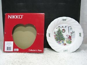 1997-Nikko-Collector-Plate-Deck-The-Halls-Fifth-Edition-Holiday-Spirit