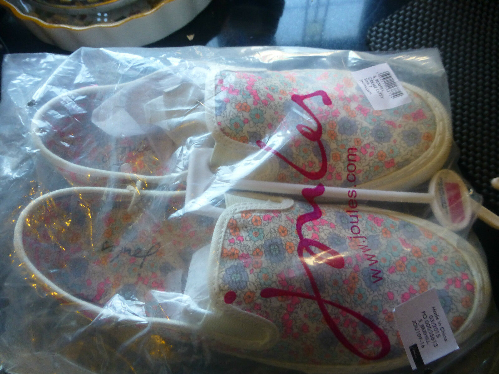 BNWT JOULES PALE PINK MIX DITSY PRINT WHITE RUBBER SOLES 7 PULL ON PUMPS SIZE 7 SOLES d0435a