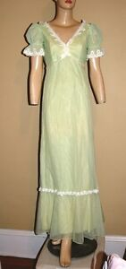 706e92b8b02 Details about Vintage 60 s Mid Century Green Swiss Dot Formal Prom Dress  Size 6