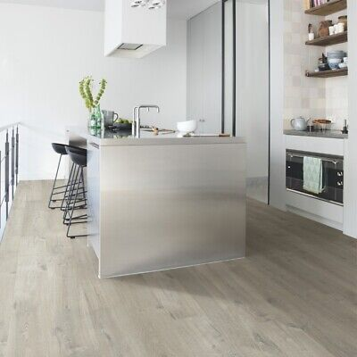 Oak Uniclic Laminate Flooring 1 835 M2, Quick Step Uniclic Laminate Flooring