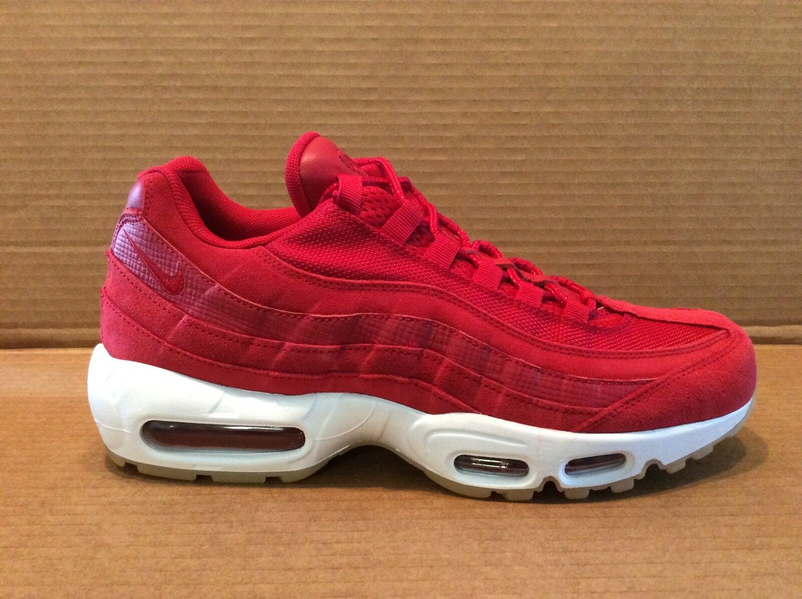 Nike Air Max 95 PRM men's size 9.5 gym red gym red