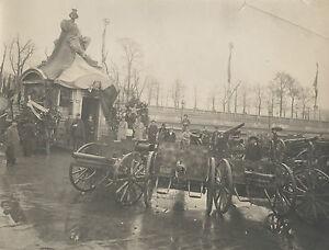 PHOTOGRAPHIE-MILITAIRES-CHARS-TUILERIES-PARIS-1918-TIRAGE-ARGENTIQUE-D-039-EPOQUE