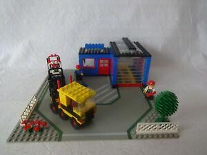 Lego® City 1966 Garage, camions et chariots