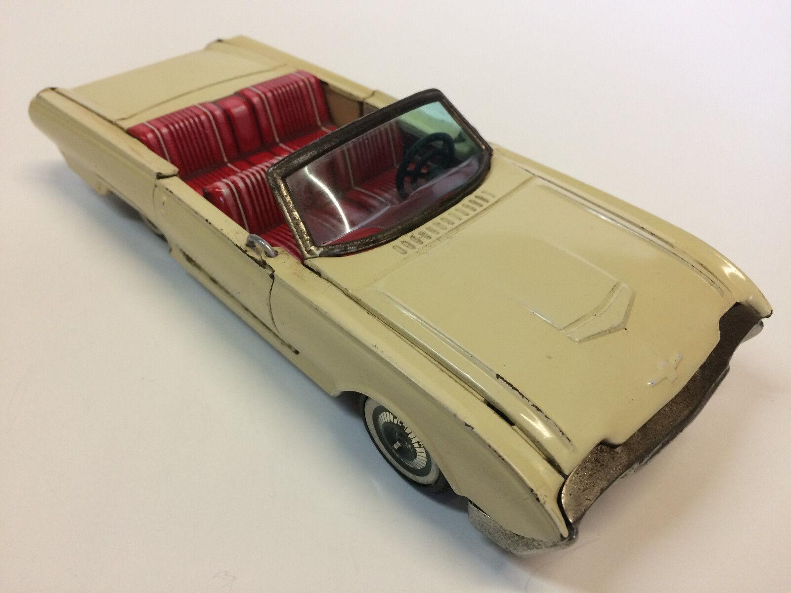 Haji - Tin Ford car - Ford Tin Thunderbird f76455