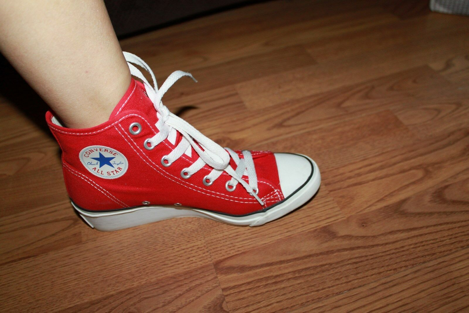 CONVERSE CLASSIC RED WEDGE SNEAKER SHOES WOMEN SIZE 5
